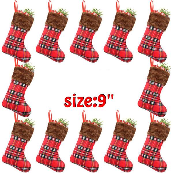 201.909 nuovi Forniture di alta qualità plaid rosso di Natale Calzini di modo creativo della decorazione della casa Ciondolo Sock Bambini Candy Bag migliore regalo M471A
