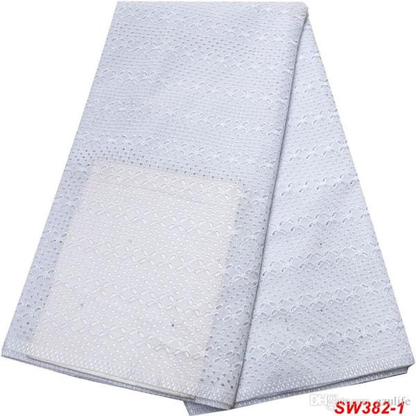 Weiße Farbe Eyelet Dry 100% Baumwollspitzegewebe Qualität Afrikanische Schweizer Voilespitze in der Schweiz für Hochzeitskleid SW-382