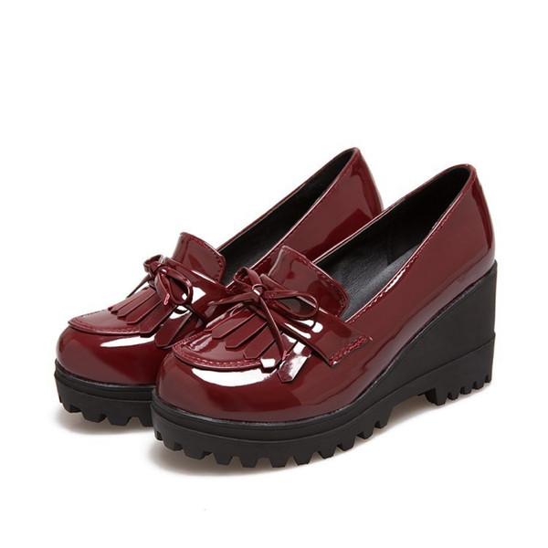 Borla alta da sapata 17 das únicas borlas da mulher única com código impermeável do tamanho da plataforma