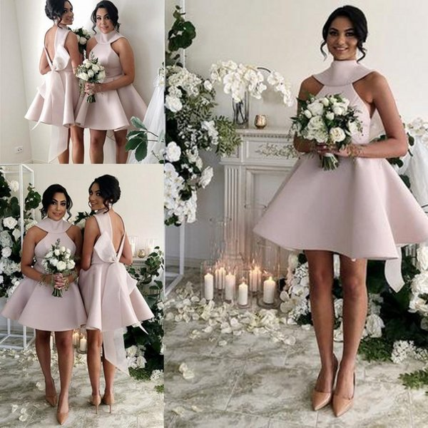Vintage 1950s Style Short Halter Satin Bow Back Bridesmaids Formal Dresses A-Line High Neck Backless Short Sleeve Knee Length Glamorous