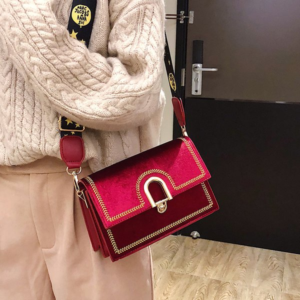 Luxury Velvet Embroidered Small Flap Bag Wide Shoulder Strap Crossbody Bag For Women Buckle Women Clutch Wedding Bridal Bags