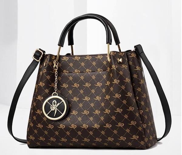 Fashionable lady bag fashionable lady bag polyurethane leather bag shoulder 30cm, hose line suitable for lady messenger bag, mo