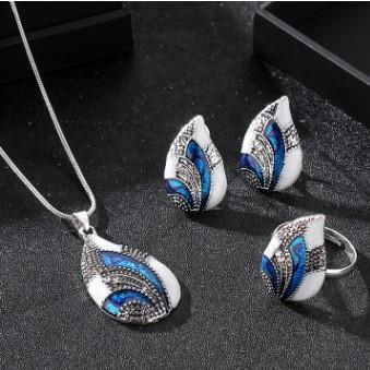 5ae5445185f15 2019 RHINESTONE WATERDROP PENDANT NECKLACE EARRING ADJUSTABLE RING 3IN1  JEWELRY SET FASHION LUXURY WEDDING CHARM NECKLACES EARRINGS RINGS COMBO  From ...