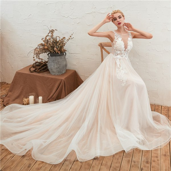 2019 New Wedding Dresses Lace Thin Mesh Illusion Back Trailing Bride Dresses Size Adjustable Can Be Customized