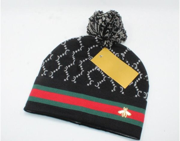 Winter unisex brand fashion knitted hat classical sports bee stripe caps Female casual outdoor christmas gifts 2019 new hat 4 colors 179