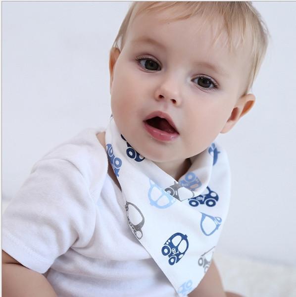 Bebek İki Katman Pamuk Üçgen Bibs Bebek Beslenme Öğe Karikatür Baskı Soft Snap Buton Yenidoğan Bebek Çocuk Kusmuk Bezleri