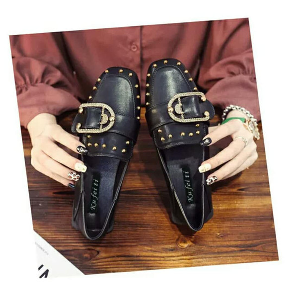 0729 CQC16 Popular womens fashion Comfortable shoes newest style ladies flat shoes high quality leather soft soles shoes with box
