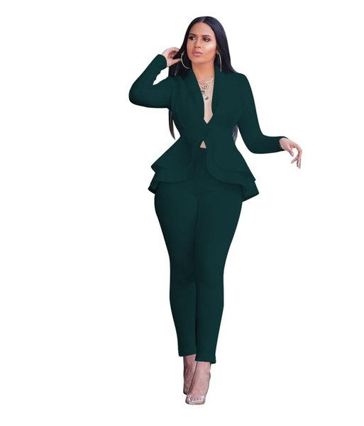 Conjunto de mujeres verdes