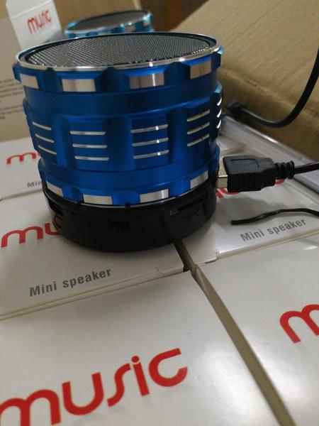 2019 Altoparlante senza fili portatile Bluetooth S28 con il mini altoparlante vivavoce incorporato della carta di TF del microfono con la scatola al minuto