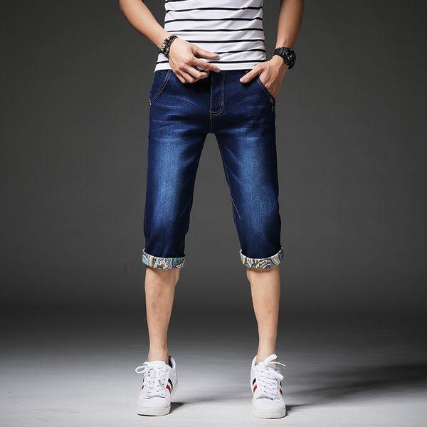 Men's Denim Shorts 2018 Summer Male breeches Sizes 28-36 Popular Casual Over-the-knee Jeans Men