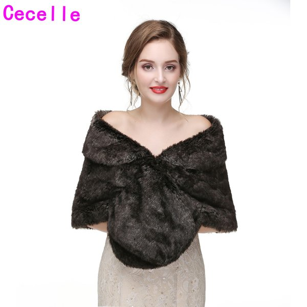 High Quality New Winter Faux Fur Bridal Wraps 2019 Bridesmaid Faux Fur Capes For Wedding Party Women Winter Party Fur Cape