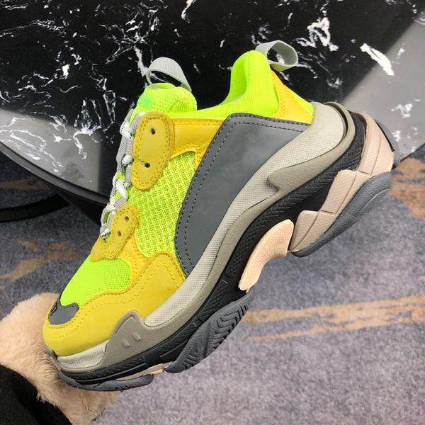 2018 дизайнерская обувь Paris 17FW Triple-S кроссовки Triple S Повседневная роскошная обувь папы для мужчин Бежевый черный спортивный теннисный кроссовок