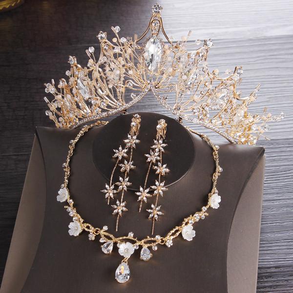 Altın Gelin taçlar Tiaras Saç Başlığı Kolye Küpe Aksesuarları Düğün Takı Setleri ucuz fiyat moda stil gelin 3 Parça