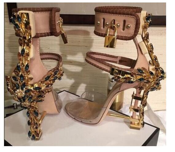 2019Luxury Metallic Lock Women Rome Sandals 10 Colors Ladies Unique Diamonds Heels Pumps Rihanna Peep Toe High-heeled Dress Wedding Shoes