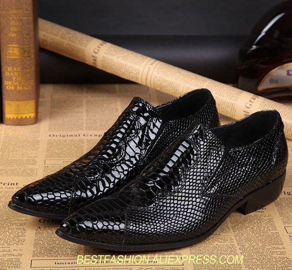 Novo Imitar Homens De Couro Genuíno Oxford Sapatos Slip-on Apontou dedos Sólidos Preto Snakeskin Altura Crescente Sapatos Masculinos Vestido