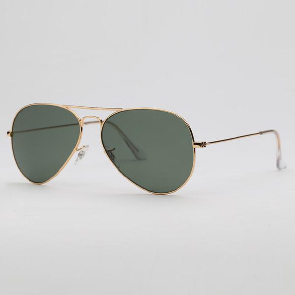 أخضر عميق الذهب