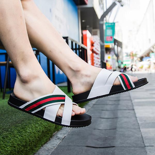 2019 chinelos homens verão palavra ao ar livre arrastar sandálias de praia espinha de peixe sandálias desgaste da moda coreano personalidade casual maré