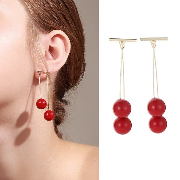 2019 new fashion trend imitation pearl earrings Korean design earrings simple personality temperament ladies sterling silver earrings