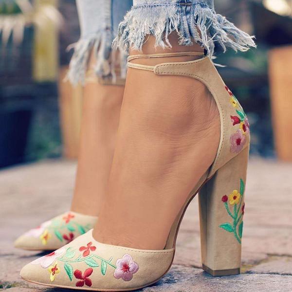 Vestido Novo Salto Alto Bordado Vintage Mulheres Bombas de Verão Mulheres Sapatos de Salto Grosso Bombas Confortáveis Sapatos de Plataforma Mulher 7n0317