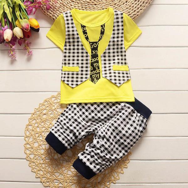 Boa qualidade 2019 verão bebê menino conjuntos de roupas Xadrez Bow tie T- shirt + 2dfb94d3577