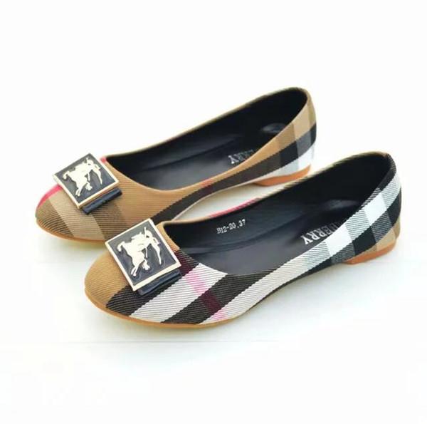 novo bblBrand Mulheres sapatos tamanho grande 36-42 Huaraches Deslizamento sapatos de Designer de Moda Tênis para Vestir por Sapatos elegantes senhoras apartamentos.