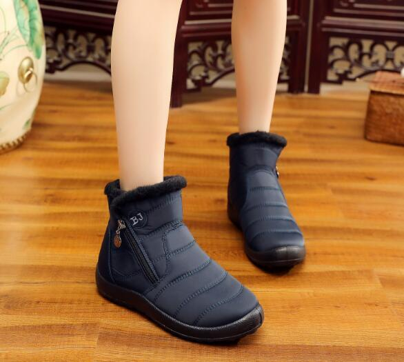 Free shipping 2018 autumn and winter new snow boots women's tube thick plush waterproof cotton boots side zipper cotton boots3