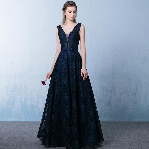 2019 Sexy Lace Evening Dresses Dark Navy V Neck Sleeveless