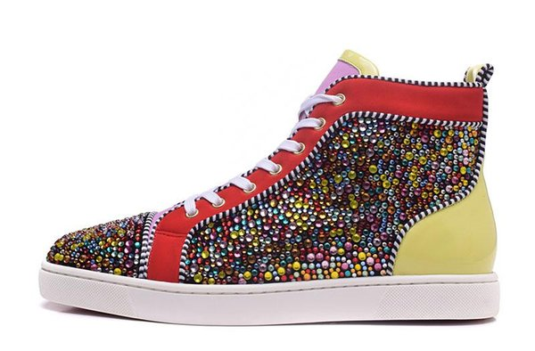 High Top Fashion Designer Marque cloutés Spikes Flats Red Bas pour Hommes Luxe Party Femmes Lovers Glitter en cuir véritable t01 Casual