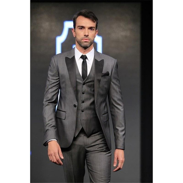 Grey Groom Tuxedos Black Peak Lapel Groomsman Wedding 3 Piece Suit Fashion Men Business Prom Party Jacket Blazer(Jacket+Pants+Tie+Vest) 2266