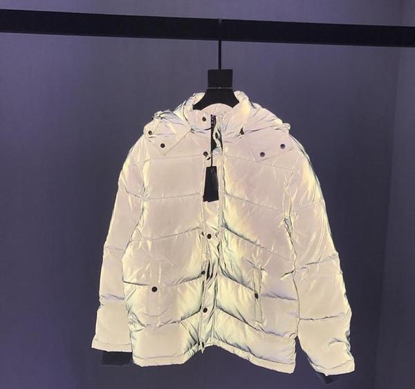 19FW chaqueta para hombre del diseñador abajo cubre Paris impresión reflectivas material de la ropa cremallera de metal collar del soporte de manga larga Hombres Mujeres 6044