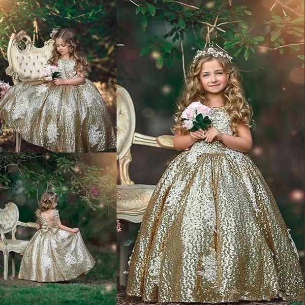 2019 Bling Gold Sequins Flower Girls Dresses Sequined Appliques Sleeveless Bow Floral Birthday Dresses First Communion Girls Pageant Gowns