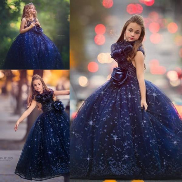 Luxe Royal Blue Girls Pageant robes 2019 princesse robe de bal ras du cou avec de grands paillettes volants enfants robes de filles de fleurs formelles