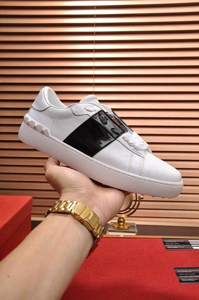 NUEVO 2019 Italia diseñador tachonado Spikes Flats zapatos para hombres amantes de la fiesta de cuero genuino zapatillas de deporte al por mayor envío gratuito 35-45