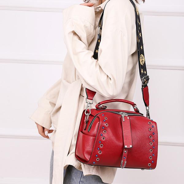 2019 fashion Boston Women Leather bag Women Rivet Messenger Bags Vintage Shoulder Crossbody Bag Designer Handbag jili/2