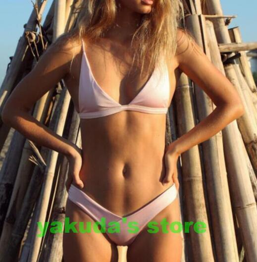 Bikini 09