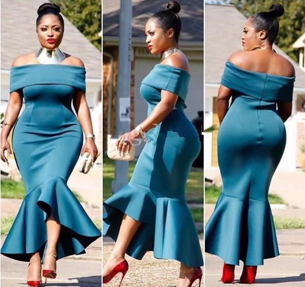 Vestidos de dama de honor de sirena de talla grande 2019 Fuera del hombro Vestidos de dama de honor de alto y bajo Vestidos de invitados de boda de niña negra Baratos personalizados