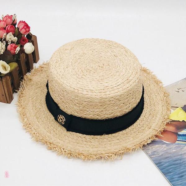 Sombreros de diseño de moda para mujer Sombreros de ala ancha MM Letras Four Seasons Brand Caps Nuevo llegado Venta caliente Sombrero de hierba Top de alta calidad