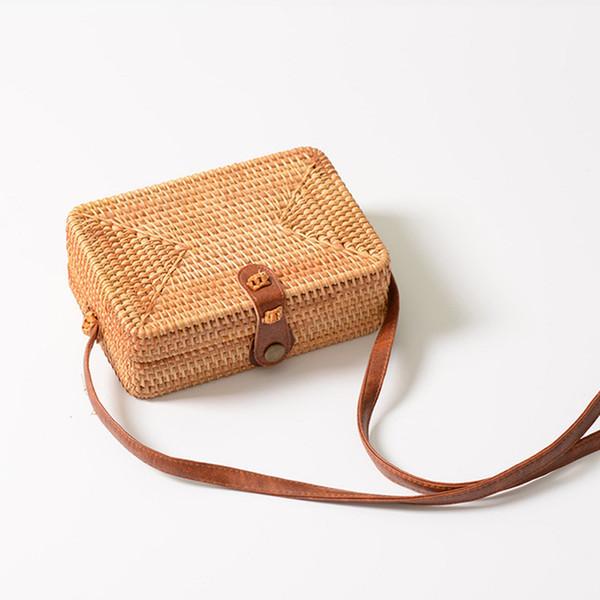 2019 New Summer Beach Bag Womens Best Handmade Woven Straw Bags Fashion Rattan Bag Bohemia Shoulder Purse Bag