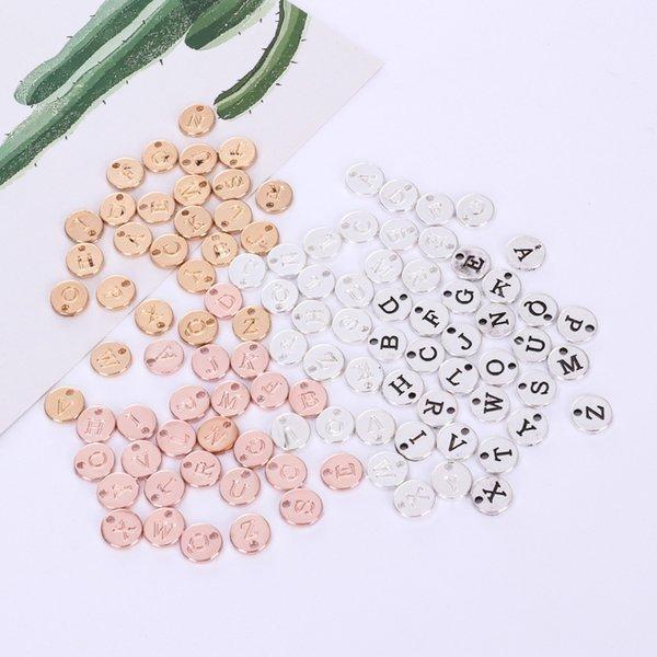 26 pz 10 MM Argento Rotondo placcato charms alfabeto oro rosa lettera maiuscole metallo iniziale pendenti fai da te nome tag creazione di gioielli
