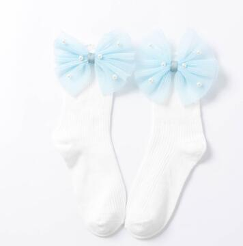 White blue side bow