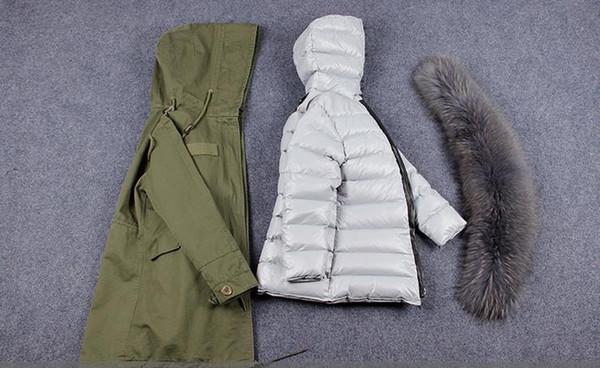 Women's Green Long Jacket Abnehmbarer 90% Daunenfutter mit Waschbärpelzkragen