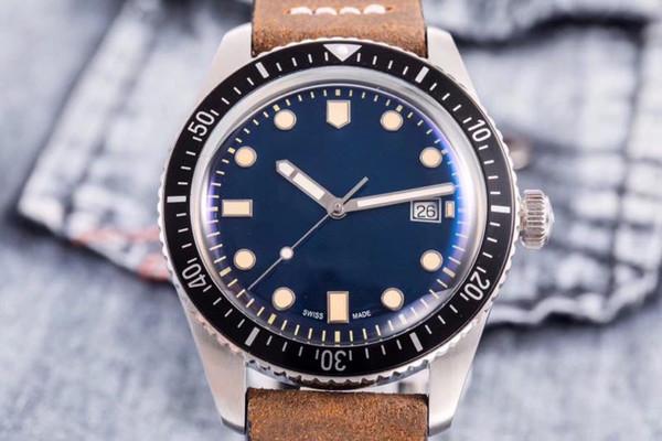 3 Style Best Watches Watch Divers Sixty Five ETAF28224 Automatische Herrenuhr 01 733 7220 4057-07 5 21 02 Grünes Zifferblatt Braunes Lederarmband