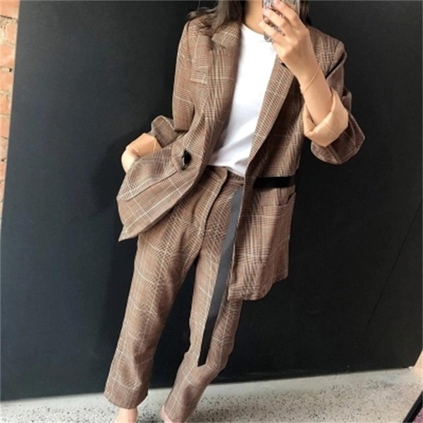 Leisure Plaid suit suit female autumn New high quality Fashion British style loose plaid small two-piece women