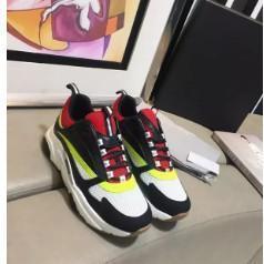 Neue Ankunfts-Rennen Runner Herren Sneakers Breathtable Mesh-Schuhe Arena Gehen Freizeitschuhe, Art und Weise Frauen Kanye West Trainers jh180801011