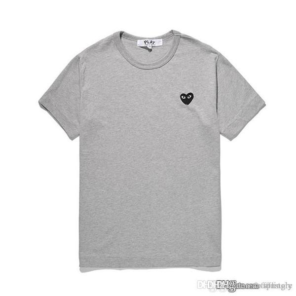2018 COM En Kaliteli Erkek Kadın Gri siyah kalp Yeni oyun 1 CDG Işlemeli Tek Kalp kısa Kollu T-Shirt Nakış Kalp Tee