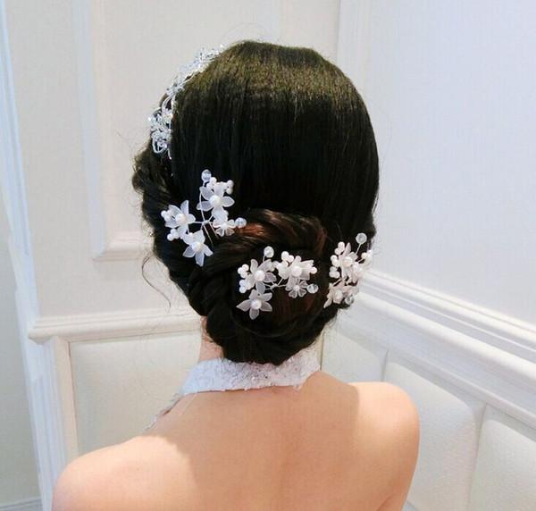 Düğün Için 2019 Yeni Stil Başlıklar Zarif Beyaz Kırmızı Tokalar Kadın Saç Takı Çiçek Gelin Saç Aksesuarları