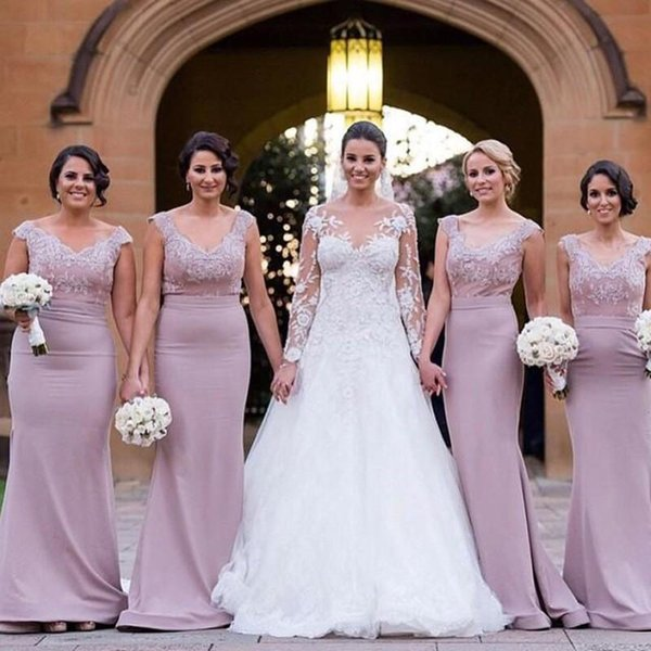 Light Purple 2018 Bridesmaid Dresses Lace Applique Formal Sheath Evening Gowns Sheath Body V Neck Cap Sleeves Satin Long Prom Gowns