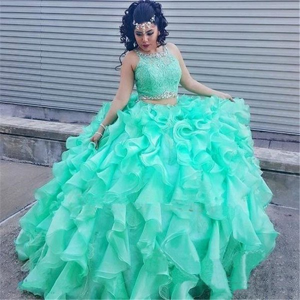 Two Pieces Ball Gown Quinceanera Dresses Mint Green Organza Ruffles Puffy Skirt Top Lace Beaded Jewel Prom Party Wear Girls Sweet 16 Dress