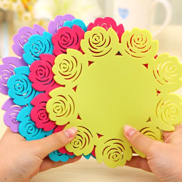 Accessoires de cuisine Accessoires Tapis de coupe Assiettes Rose Épaisseur Silicone Pad isolant Hollow Coasters Sous-verres circulaires simples