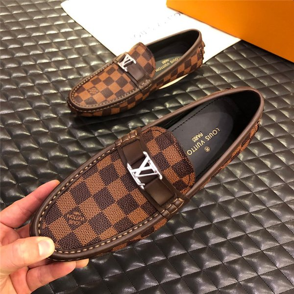 Stampa Scarpe di lusso di design di alta qualità Grigio Bianco ACE Ricamato Mens Designer in vera pelle Sneakers designer di marca Scarpe casual A066